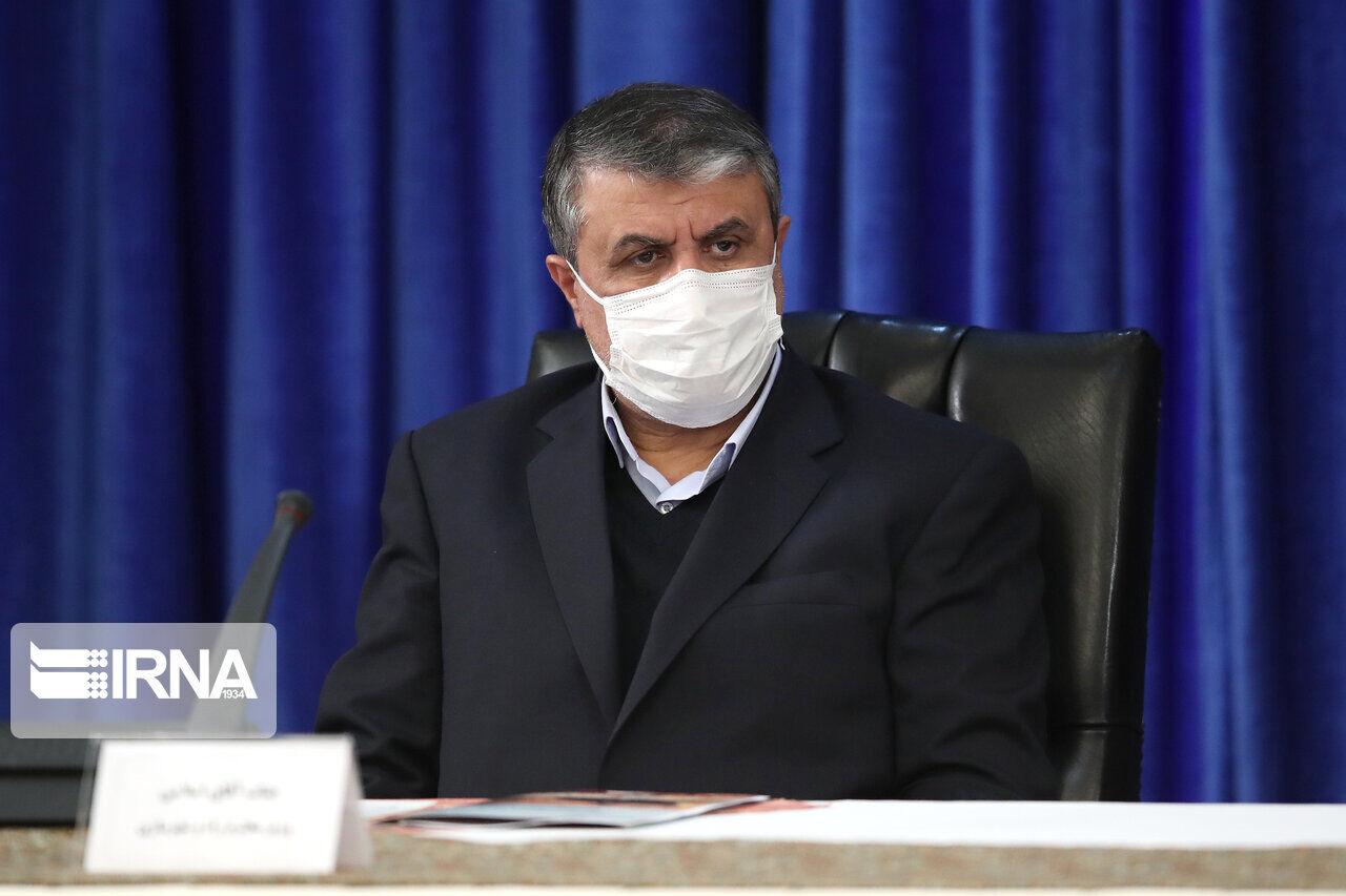 وزیر راه و شهرسازی از بیمارستان مهدیشهر استان سمنان بازدید کرد