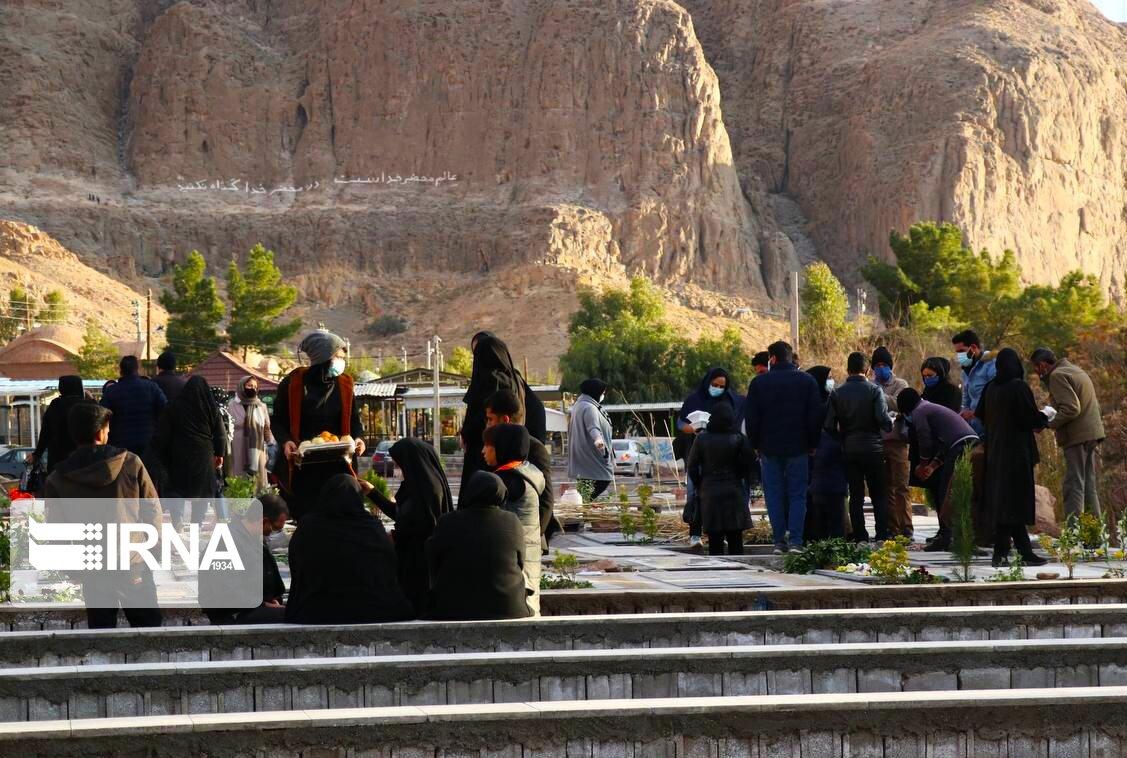 آرامستان کرمان در شرایط کرونایی