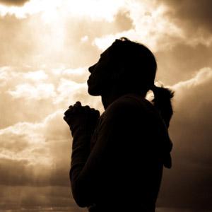 داستانک/ آیا دعا خدا را به ما نزدیک می کند؟