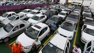 آزادسازی ۱۰ مدل خودرو به تعویق افتاد