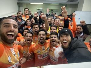 سلفی نارنجیها بعد از طلسمشکنی دراماتیک