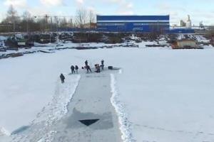 تفریح روی سد یخزده طزرجان ۲ جوان را به کام مرگ کشاند