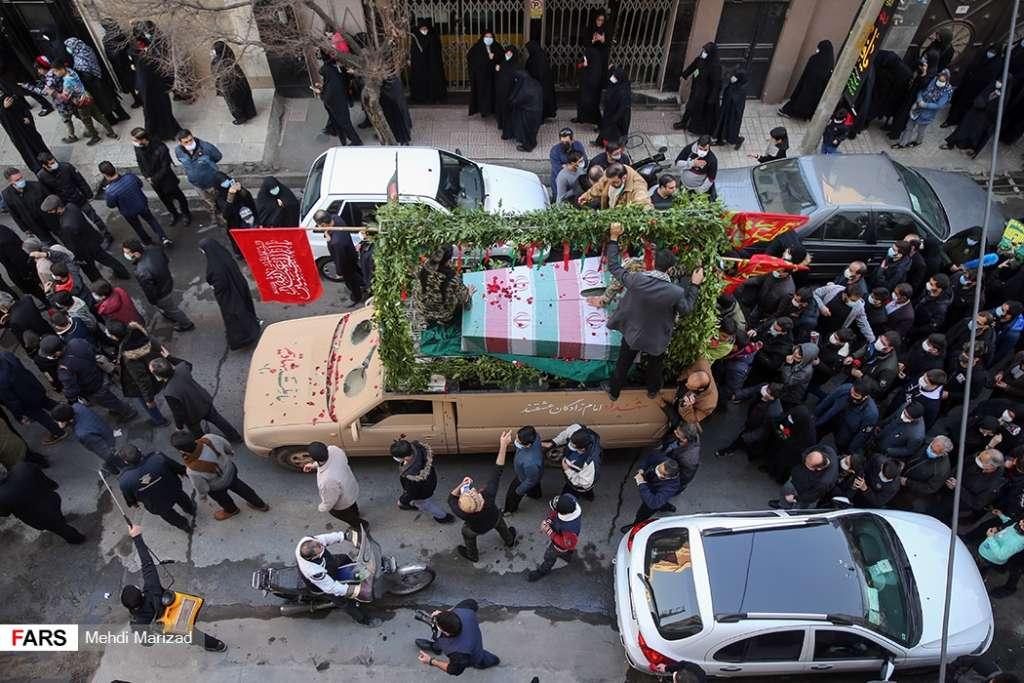 تشییع شهدای گمنام در محله وحیدیه تهران