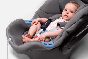 سیستم هشدار دهندهای برای جلوگیری از جاماندن کودک در خودرو