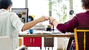 آیا دوست دارید روابط خود را با همکارانتان بهبود ببخشید؟