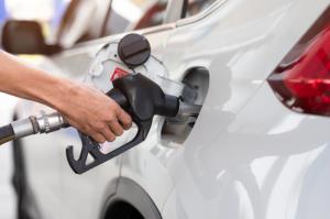 قبل از بنزین زدن به ۵ نکته توجه کنید
