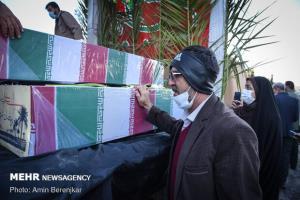 پیکر ۲ شهید گمنام در دانشگاه آزاد هشتگرد تشییع میشود
