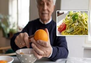 برای کنترل قندتان، پرتقال و گوجه فرنگی بخورید