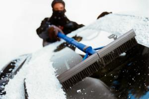 آشنایی با کاربردی ترین وسایل جانبی خودرو در زمستان