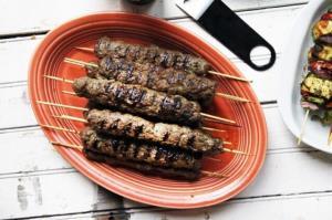 غذای اصلی/ طرز پخت کباب کوبیده سنگدان مرغ پرخاصیت
