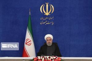 روحانی: 22 بهمن به صورت موتوری و خودرویی و به صورت نمادین انجام میشود