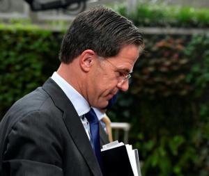 دولت هلند بر سر رسوایی کمک هزینه کودکان استعفا کرد