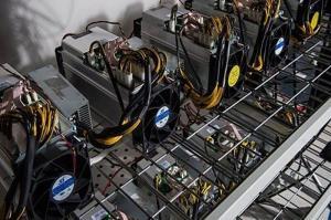 کشف ۷۲ دستگاه تولید ارز دیجیتال قاچاق در فردیس