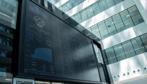 آیا اکنون فرصت مناسب خرید سهام است؟