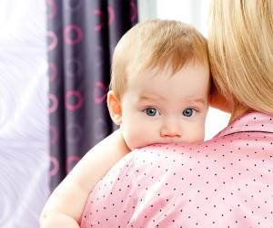 دلایل مهمی که باعث سکسکه نوزاد می شود