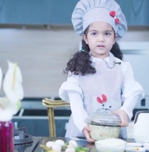 طرز تهیه چیز کیک با سر آشپز 5 ساله