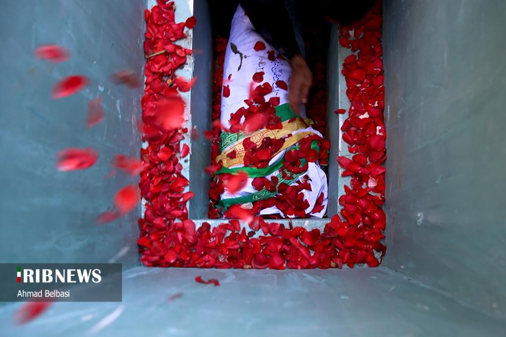تشییع پیکر مطهر شهید گمنام در تهران