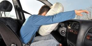کیسه هوای خودرو چگونه عمل میکند؟