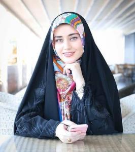 آموزش ترفند زیبا برای بستن روسری ساتن زیر چادر