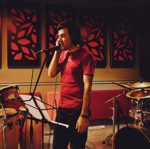 بازخوانی ترانه معروف «مرا ببوس» از طاهر قریشی