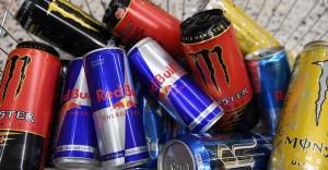 نوشیدنی های انرژی زا چه مضراتی دارند؟