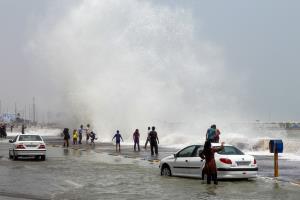 هشدار هواشناسی؛ افزایش ارتفاع موج در دریاهای شمال و جنوب کشور
