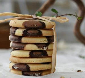 ترفند جالب برای طرز پخت کوکی پلنگی خوش طعم و زیبا