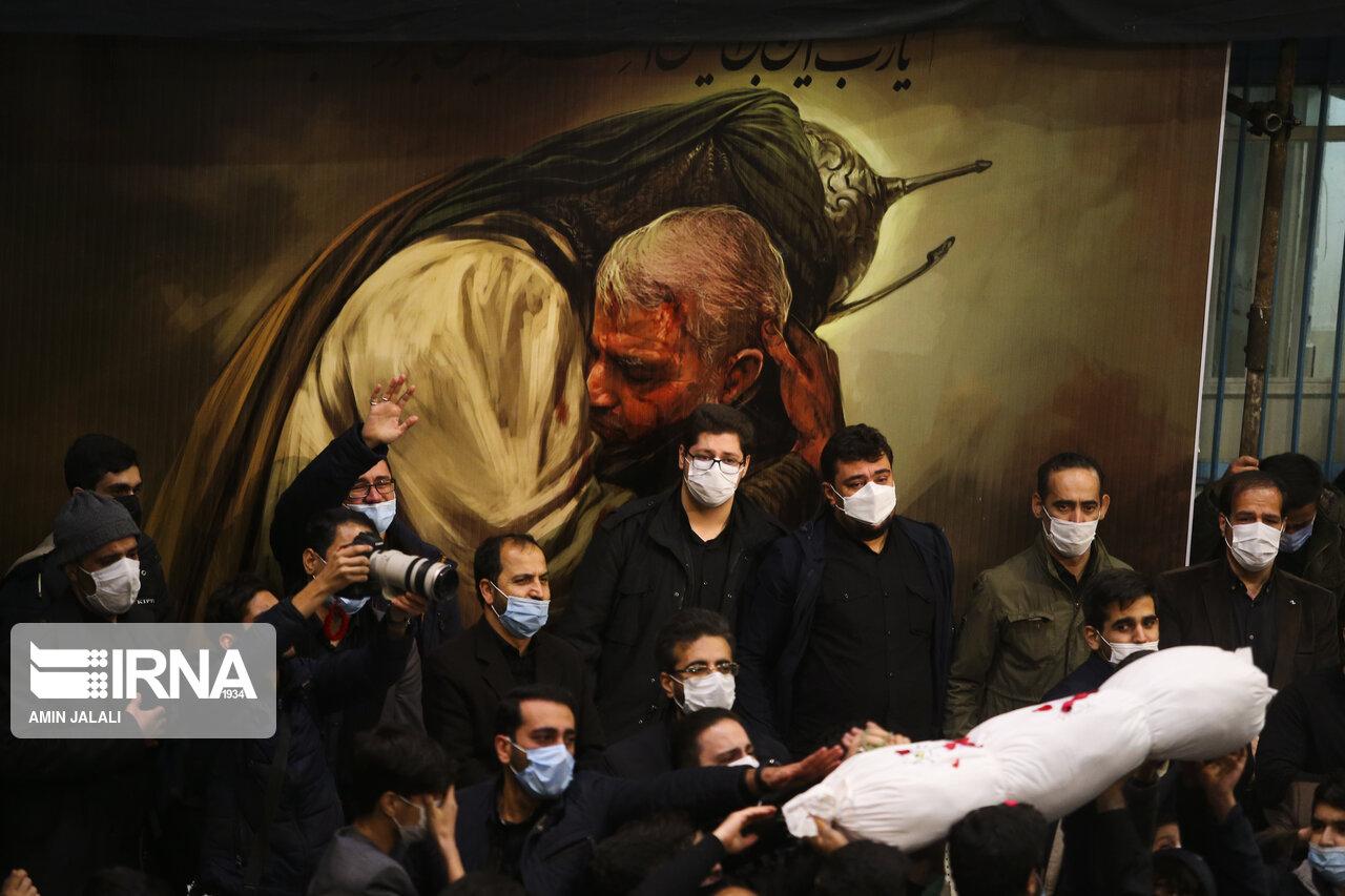 عکس/ مراسم تشییع و خاکسپاری ۲ شهید گمنام در تهران