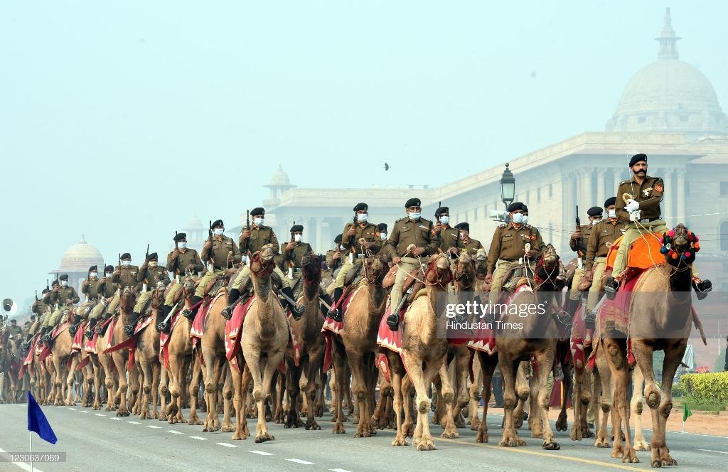 کاروان شترسواران در رژه روز جمهوری هند