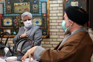 محمود صادقی در مناظره با میرتاجالدینی: آیتالله یزدی باید شش ماه حبس میشد