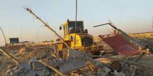 تخریب ساخت و سازهای غیرمجاز در دشتی