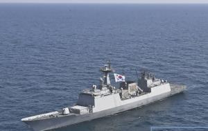کره جنوبی شناور نظامی اعزامی خود را از تنگه هرمز دور کرد
