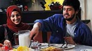 غافلگیر شدن بیتا توسط بهمن در سریال مدینه