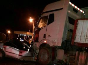 تصادف زنجیره ای چندین تریلی و کامیون در بزرگراه
