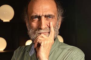 تجلیل از زنده یاد کریم اکبری مبارکه در «تئاتر صاحبدلان»