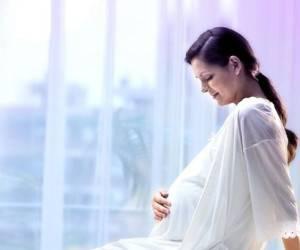 گفتگوی مادرانه با کودکی که هنوز زاده نشده است