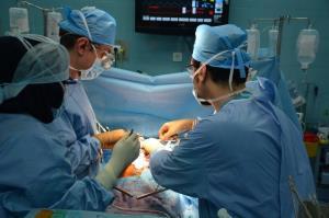 بیمار نخستین پیوند قلب در خوزستان درگذشت