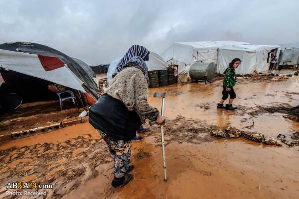 آبگرفتگی چادرهای آوارگان سوری در ادلب سوریه