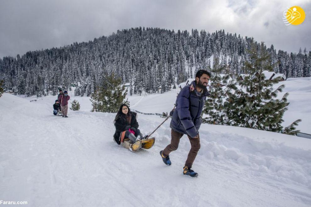 لذت گردشگران در بهشتِ کشمیر