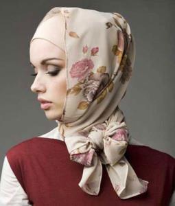 آموزش بستن روسری به شکل پاپیون فانتزی