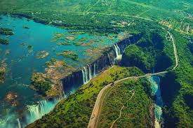 آبشار و طبیعت شگفت انگیز آفریقا!