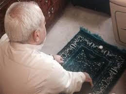 ماجرای نماز خواندن ظریف جلوی جان کری در جریان مذاکرات