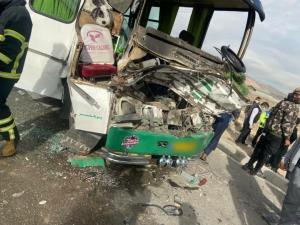 واژگونی مینی بوس در آزاد راه قزوین-کرج یک کشته برجای گذاشت