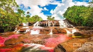 رودخانه زیبای هزار رنگ در کلمبیا!