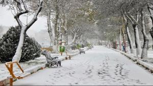 برف در راه زنجان