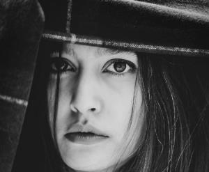 چهره ها/ عکس سیاه و سفید پردیس احمدیه