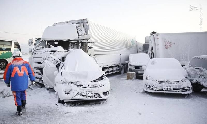 عکس/ تصادف مرگبار در جاده برفی