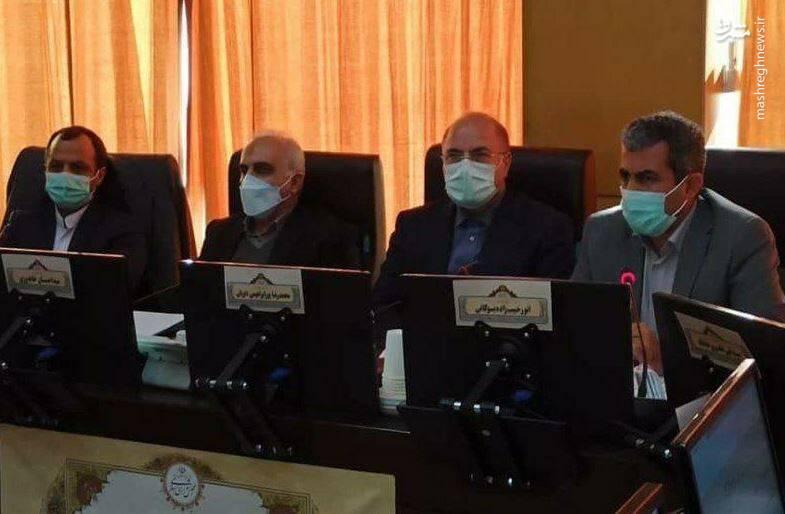 جلسه بورسی مجلس با حضور وزیر اقتصاد
