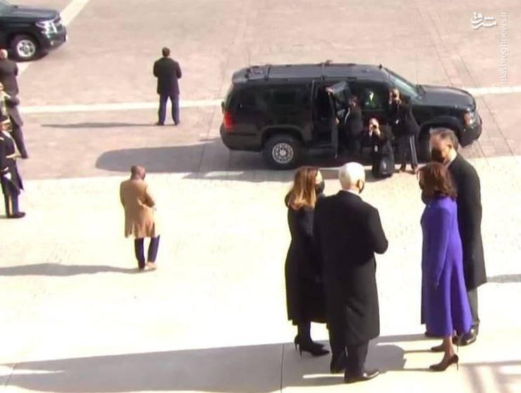 خداحافظی معاون رئیس جمهور آمریکا با مایک پنس