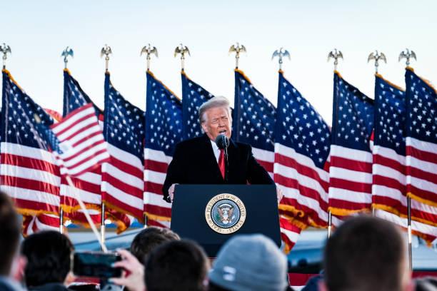 عکس/ آخرین سخنرانی ترامپ برای هوادارانش